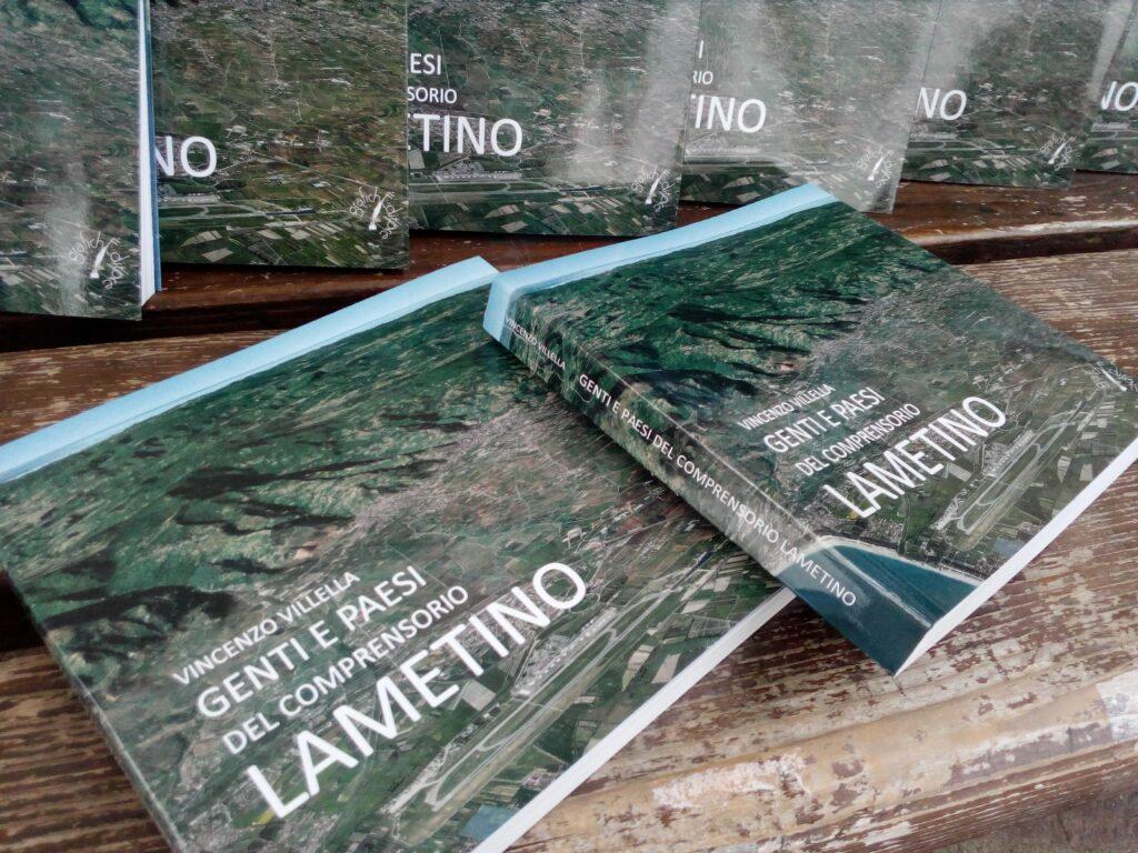 """Platania, presentato """"Genti e paesi del comprensorio lametino"""" di Vincenzo Villella"""